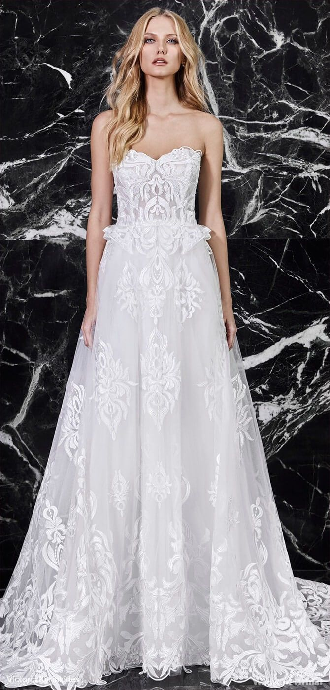 1a63bc22de3 Victoria Kyriakides Spring 2018 Wedding Dresses
