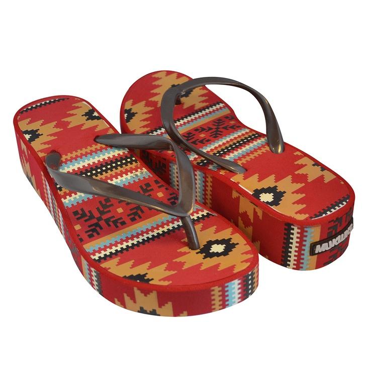 Muk Luks Wedge Flip Flops! Love the design