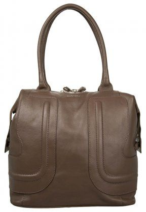 See by Chloé bag http://www.emeza.de/see-by-chloe-handtasche-taupe-se351a03b-707.html