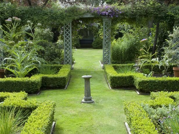 pictures of formal english gardens - European Garden Design
