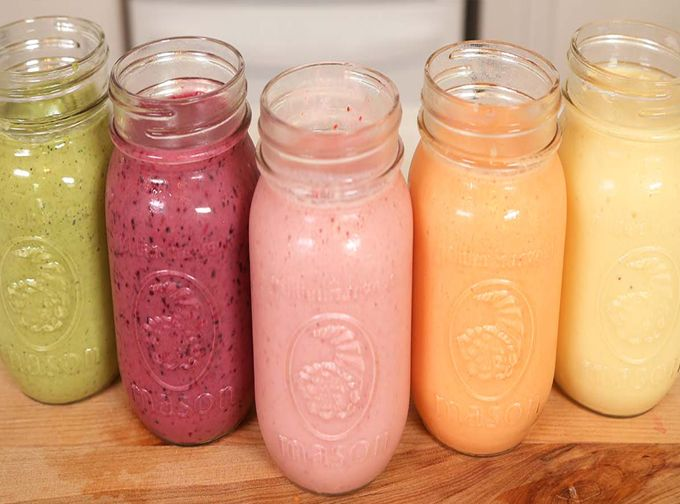 5 Healthy Breakfast Smoothies -- 1 For Each Day Of The Week