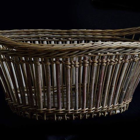 One of my easter baskets made of willow. #skovstuen #aprencice #kurvmaker #kurvmakerskolen #basketmaker#traditionalcraft #