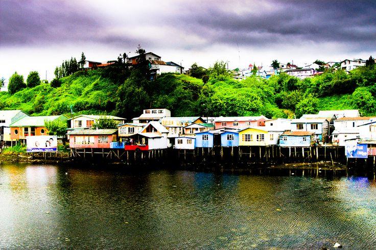 Palafitos en Castro. Isla de Chiloé, Chile.