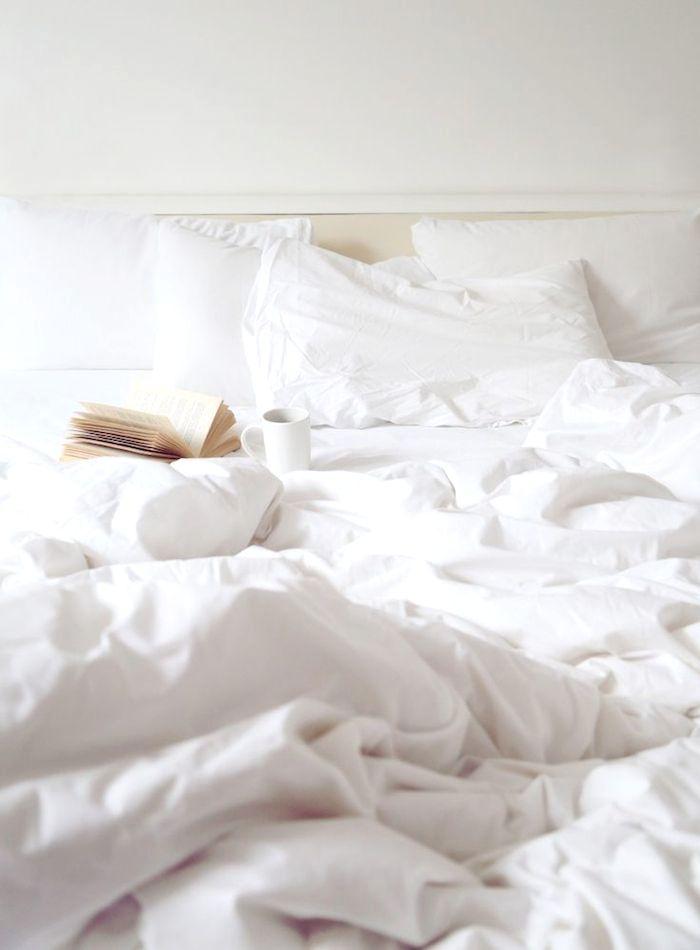 #bed #goodmorning #sleep #cozy #white #lights