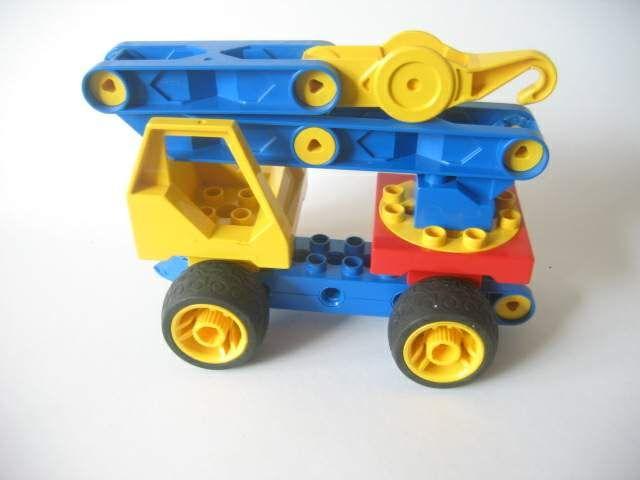 takelwagen van lego toolo - soort technisch duplo