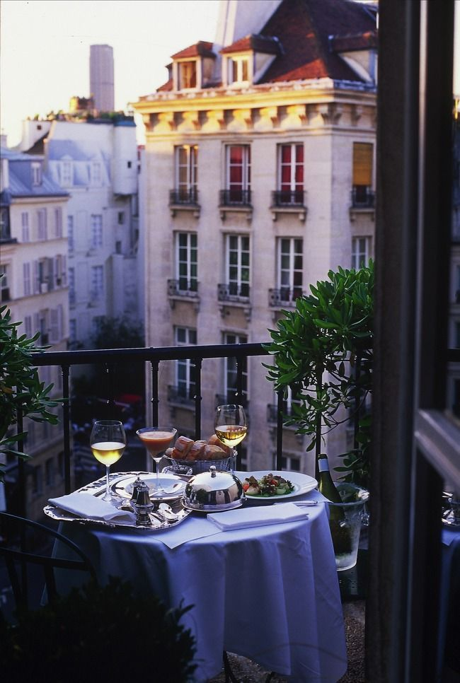Every city has one: that restaurant you simply CANNOT get a reservation to. Le Comptoir du Relais, in Paris's achingly charming Saint-Germain des Près neighborhood, is that place. Unless, however, you happen book at room at the achingly charming Hôtel Relais Saint Germain. Do so and you're guaranteed a dinner reservation at owner Yves Camdeborde's tiny, lively, quirky, utterly delicious ground-floor bistro.