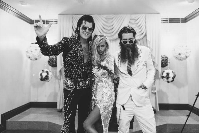 Découvrez le mariage hallucinant à Las Vegas de ces deux mariés blogueurs so rock'n roll !