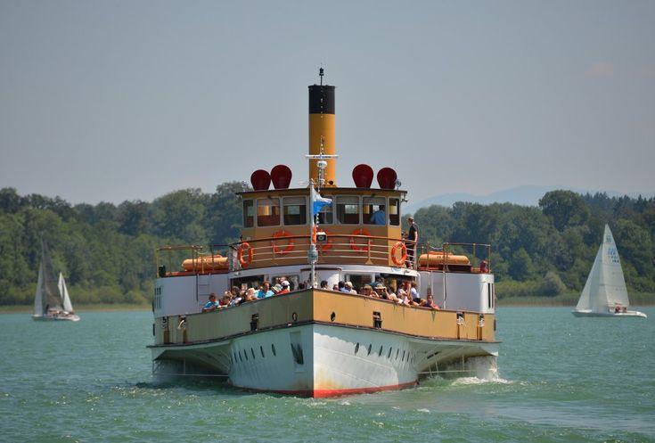 Dampfschiff LUDWIG FESSLER der Chiemsee Schifffahrt Ludwig Fessler KG. Foto aufgenommen in Prien am Chiemsee am 21.07.2013.