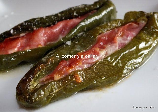 A comer y a callar: PIMIENTOS VERDES RELLENOS DE JAMON Y QUESO.