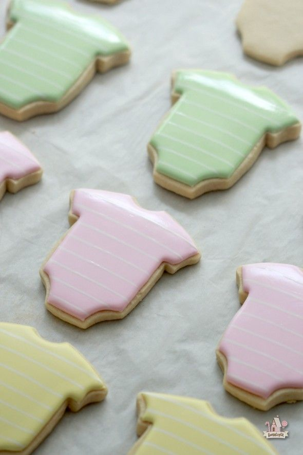 How to Make Onesie Decorated Cookies