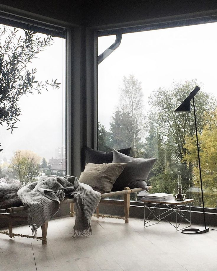 Autumn it is 🍂🍁🌧#livingroom #stylizimohouse