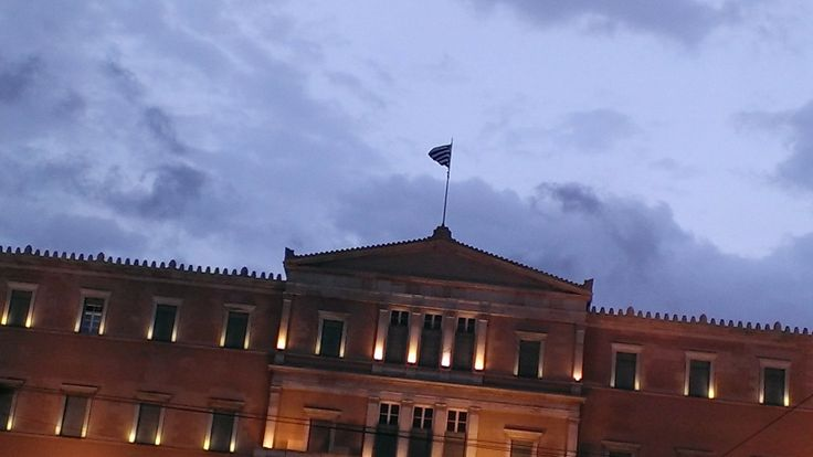 The future lies upon us... #Athens #Greece #Syntagma #flag #democracy #flag #pride #clear #sky