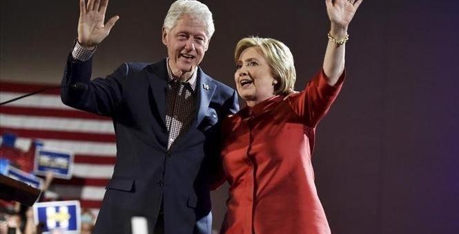 The FBI is Livid About Bill Clinton's Secret Meeting With Loretta Lynch