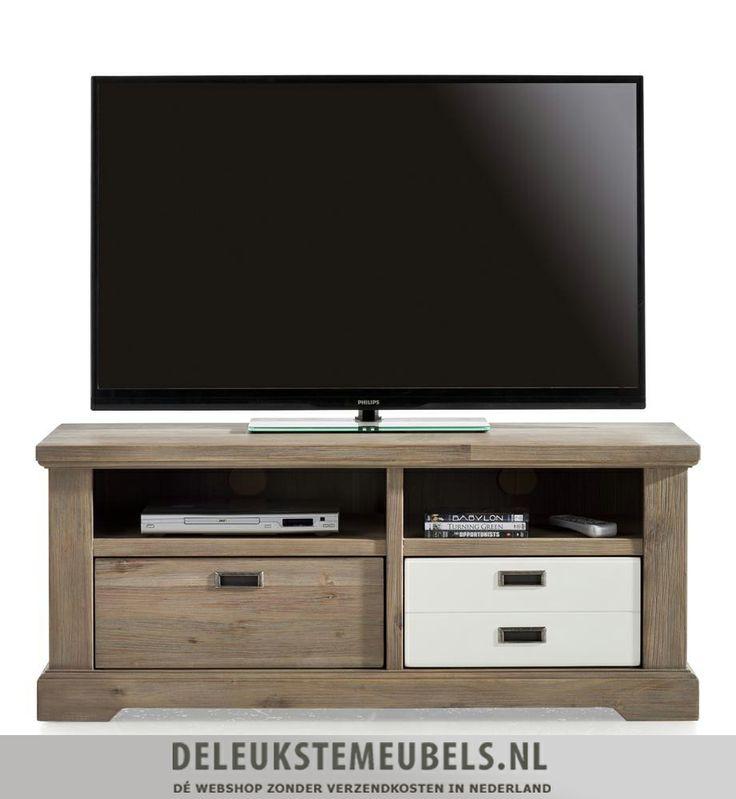 Tv-dressoir 120cm van het merk Happy@Home. Dit tv-dressoir heeft twee niches en twee keerbare laden. Rechts is ook één lade, ze hebben ervoor gekozen om een speels frontje te gebruiken waardoor het net lijkt alsof het twee laden zijn. Zoals je ziet kan je kiezen tussen een houten lade of een mat witte lade! Snel leverbaar! http://www.deleukstemeubels.nl/nl/bandon-tv-dressoir-120cm/g6/p1153/