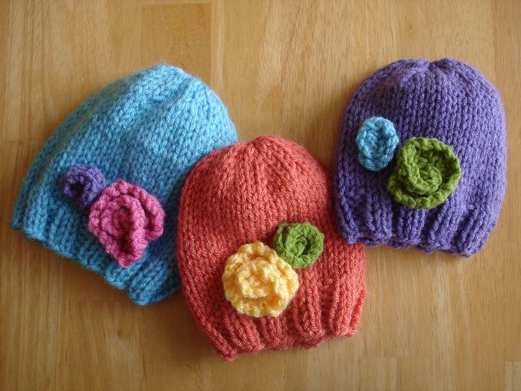 Baby In Bloom Hats (Free Knitting Pattern)