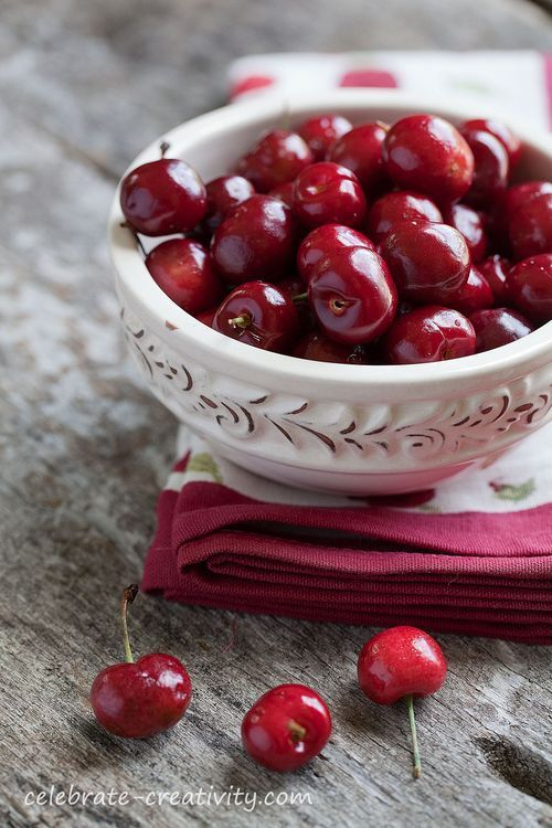 chasingrainbowsforever:  Bowlful of Cherries  ♥