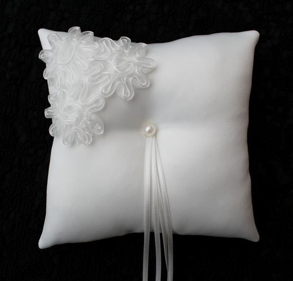 Ringkussens.com - ringkussens en accessoires voor een bruiloft