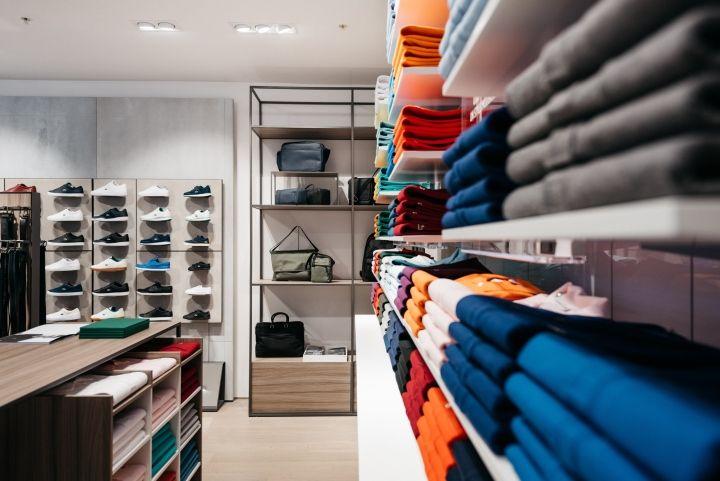 Lacoste boutique by DesignLSM, Manchester – UK » Retail Design Blog