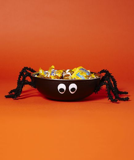 Best 25+ Halloween candy bowl ideas on Pinterest | 1970s halloween ...
