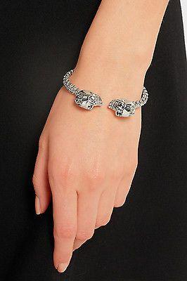 Silver Crystal-Embellished Twin Skull Bracelet Alexander McQueen AczcpmIJd