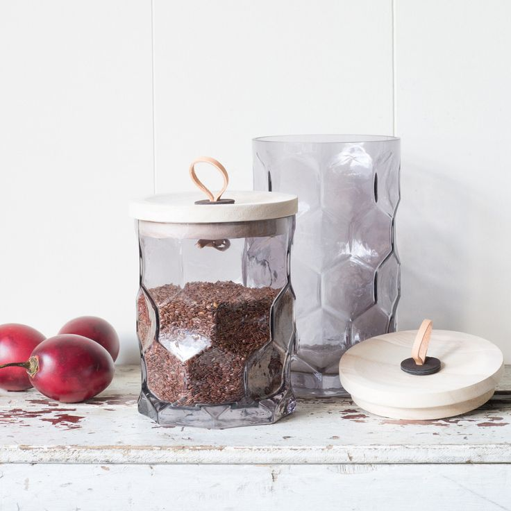 Nel Lusso Glass canisters with wooden lids, great storage solution for coffee, tea, biscuits, nuts and lollies