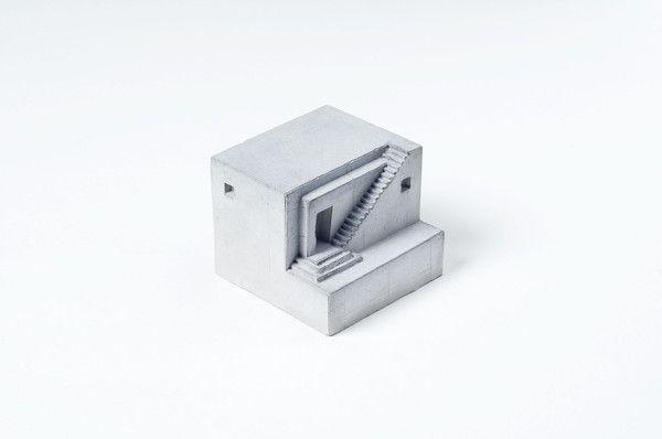 Miniature Concrete Home #2   Price : €31 Euro