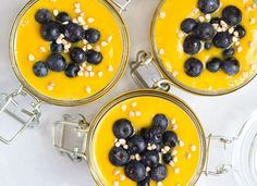 3 pequenos-almoços saudáveis que o mantêm cheio até à hora do...