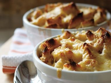 Jaime Richardson's French Onion Soup Recipe   Everywhere - made with chicken stock - DailyCandy