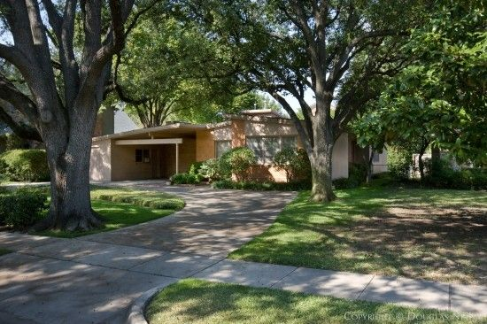 Dallas University Park Mid-Century Modern Home by architect Max Sandfield. 1951.
