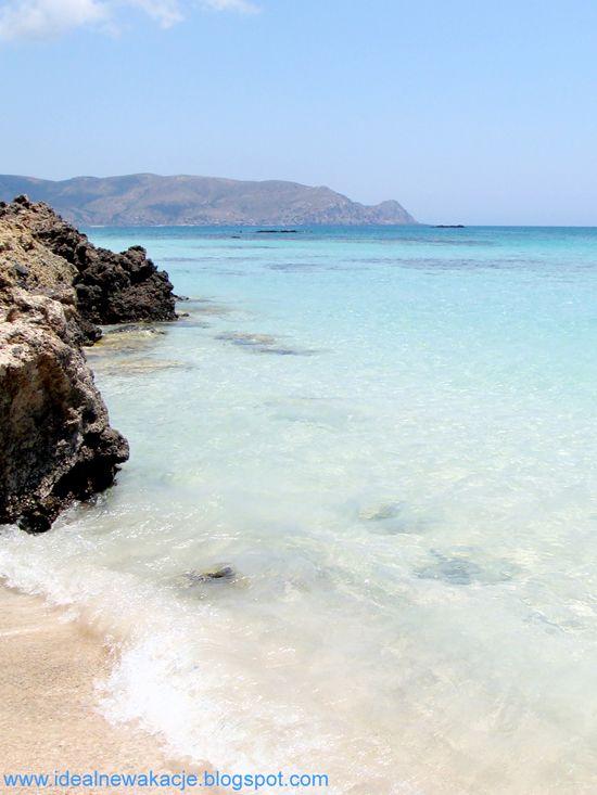 Kreta- bajeczna plaża Elafonissi, błękit wody i różowy piasek