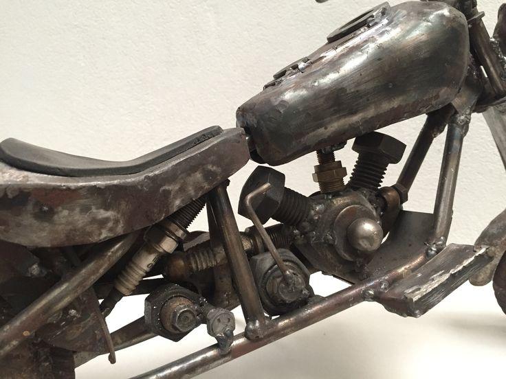 Moto Harley Davidson (1 pieza - 35 x 10 x 22 CMS)