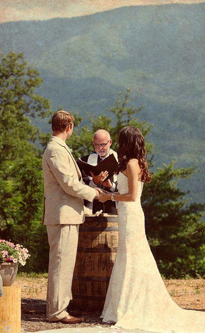 Wine Barrel Altar Rustic Mountain Wedding Gatlinburg Tn Photographer Contrastphoto Http