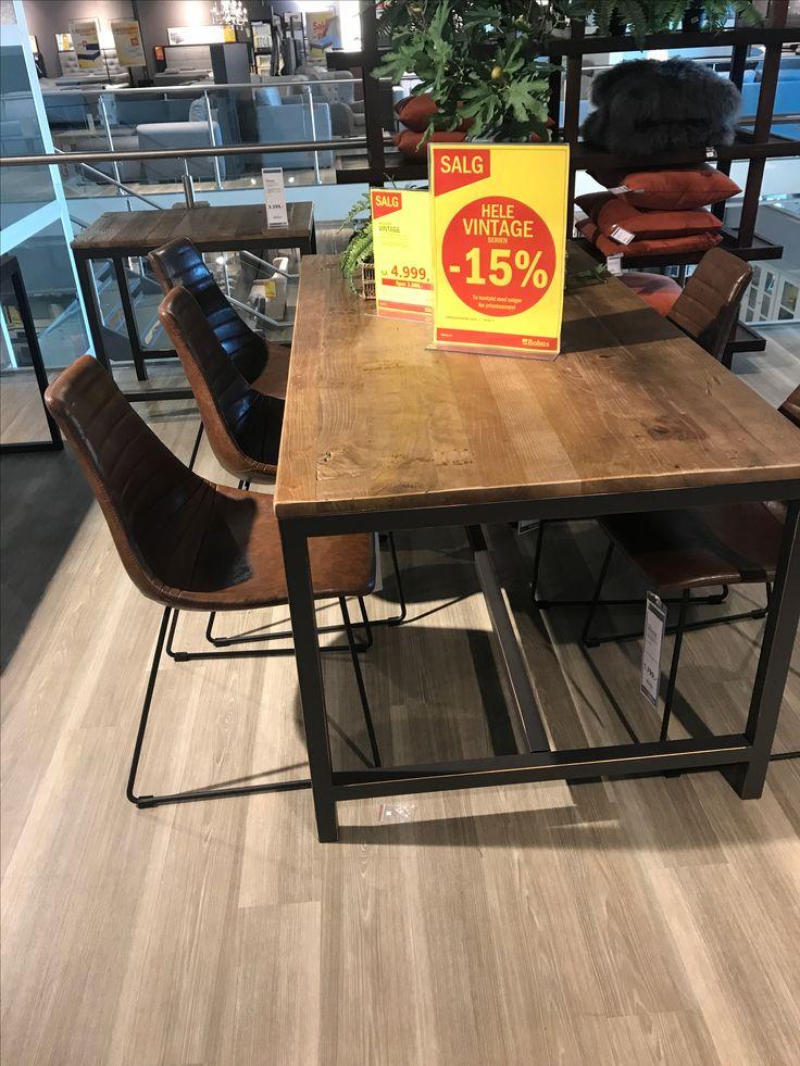 Lacross spisestol mørk skinn. Til spisestuebord man f.eks lager selv. F.eks 5 stk - 3 på en langside og to på hver side + en billig trebenk på andre siden... 2000 kr per stk. #drømmemøbel