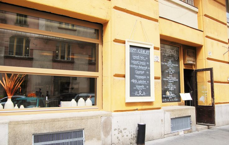 Gettó Gulyás pörköltözö / Stew restaurant Budapest, Wesselényi u. 18. Hungary