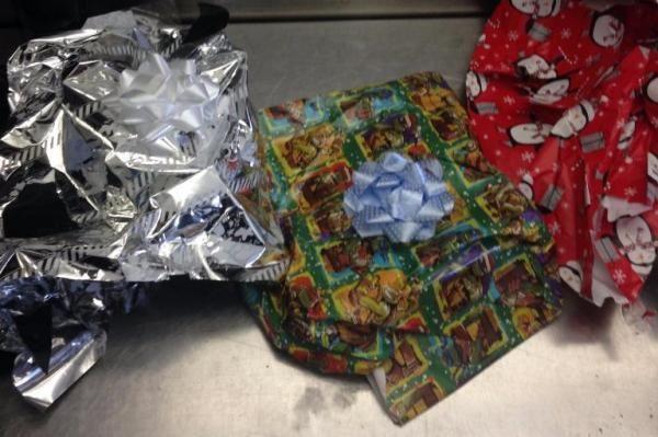 В аэропорту Лос-Анджелеса обнаружили «рождественские подарки» с героином  http://joinfo.ua/inworld/1191503_V-aeroportu-Los-Andzhelesa-obnaruzhili.html