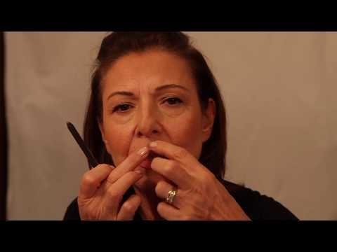 Tutorial makeup over 50 | Come minimizzare le rughe per un look naturale e giovanile - YouTube