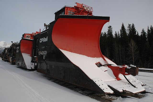 Snow Plow Train | fastmowsfastplows.com | #fastmowsfastplows