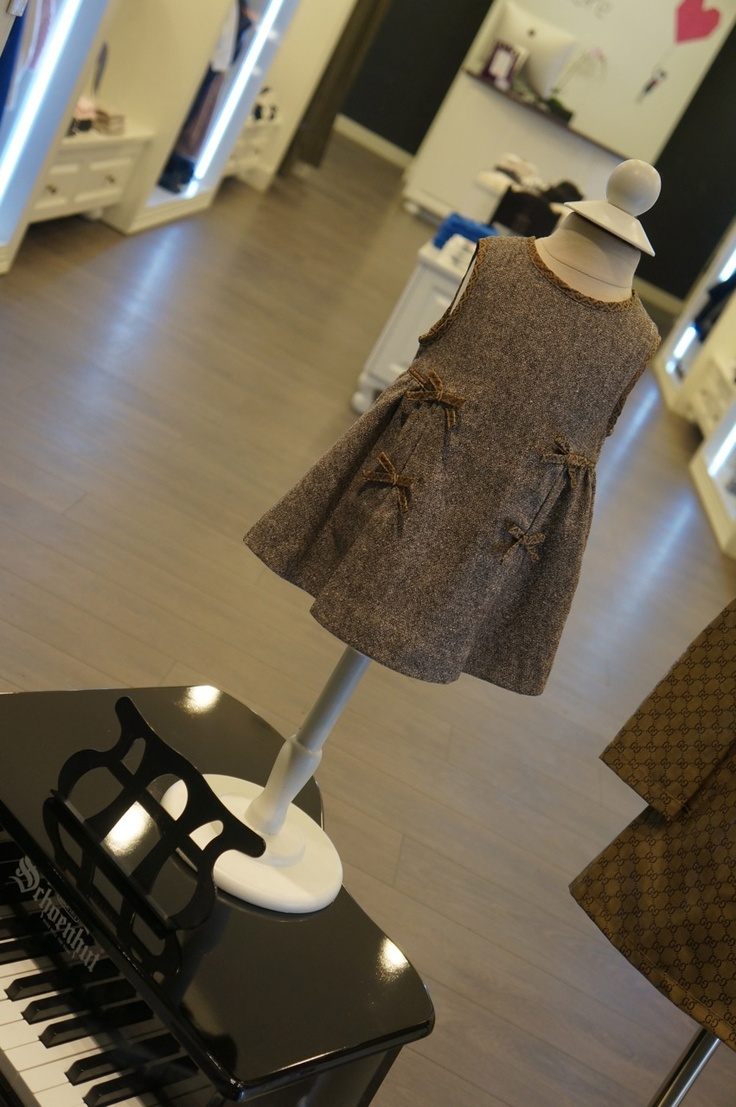 How cute is this Fendi dress?! Definitely a jaw dropper !!