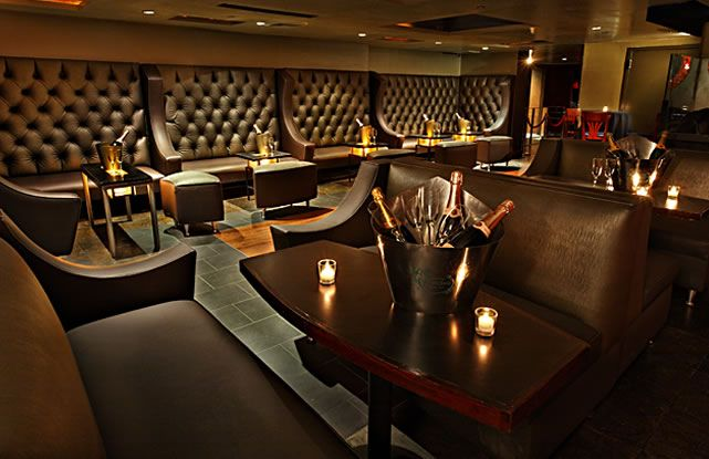 nightclub design like the high seats to fill a wall bar