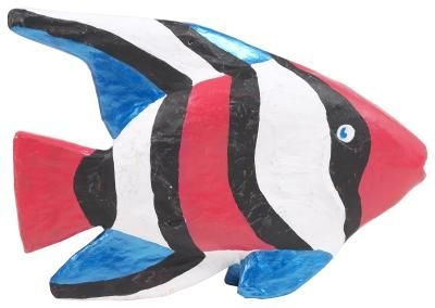 Paper mache fishy! Madison will have fun making this with me! :)
