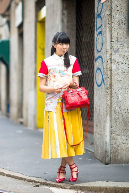 We can always count on Susie Bubble to bring the brights #streetstyle