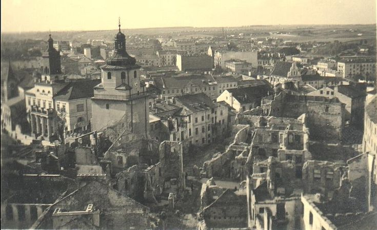 Lublin Old Town 1939 after german bombardments.