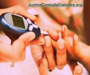 La diabetes y la hipertensión arterial son muy comunes en México. Aunque la correlación entre las dos enfermedades es científicamente desconocida, muchos pacientes diabéticos desarrollan hipertensión. Entre los contribuyentes a ambas enfermedades, la obesidad, una dieta rica en grasas y sodio e i... - http://juntoscontraladiabetes.org/como-controlar-diabetes-tipo-2-hipertension-el-duo-mortal-al-acecho/