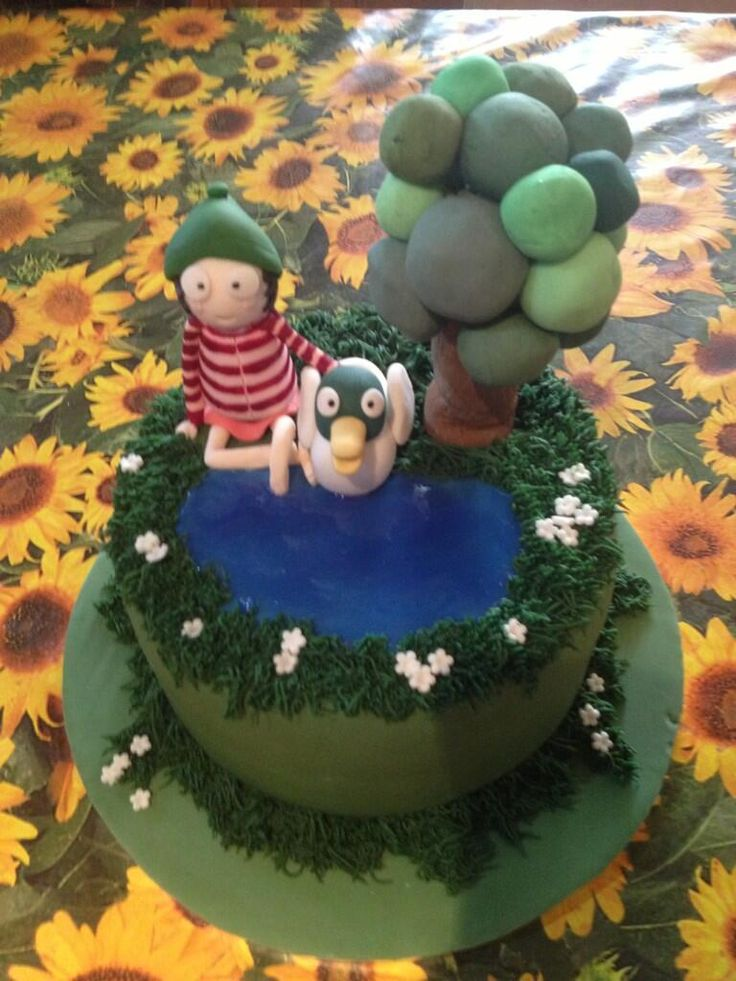 Sarah and Duck cake from @Angela Greene Slayer on Twitter