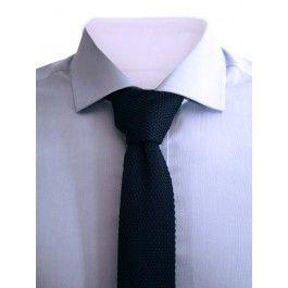 Blåt strikket slips Kr. 169,00