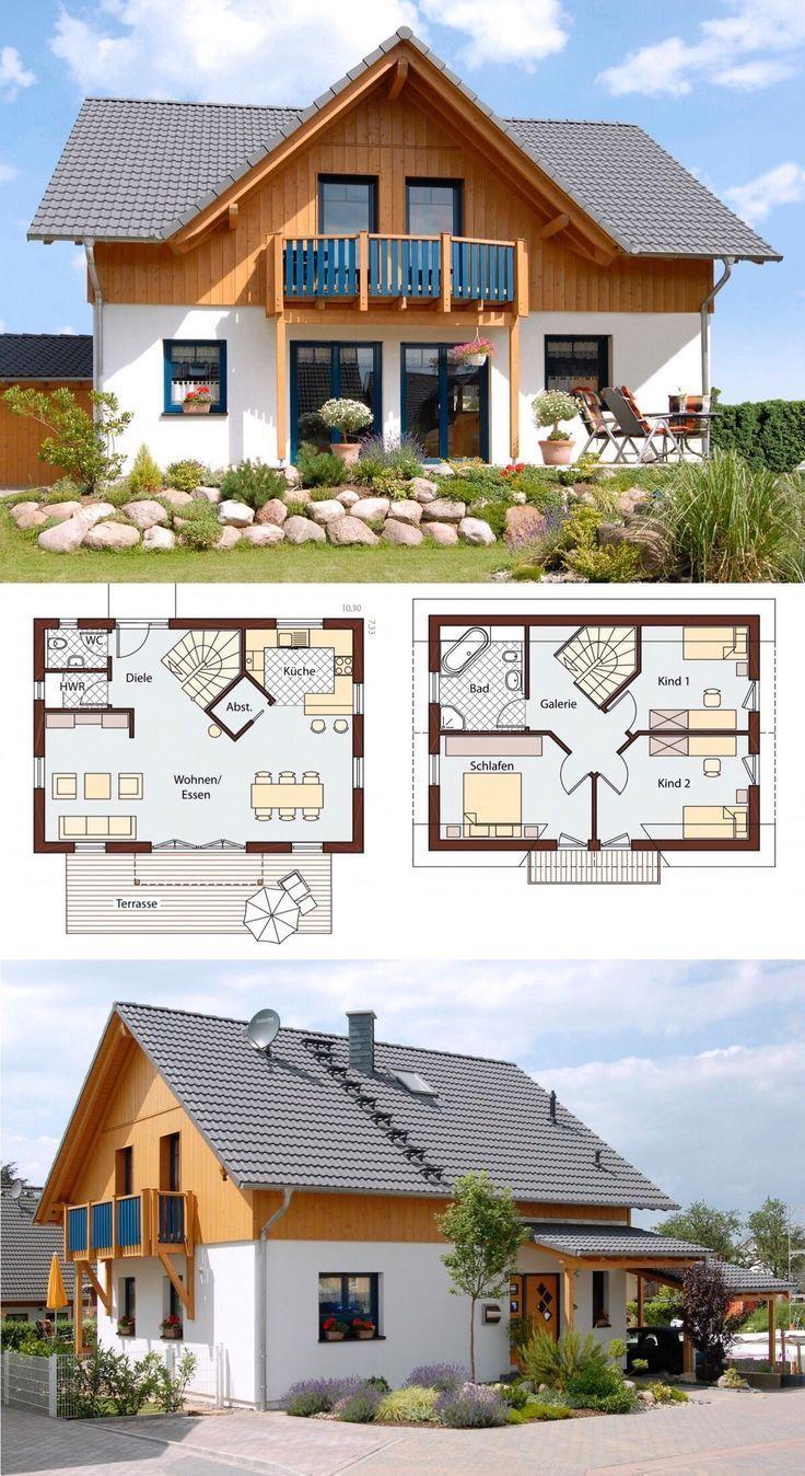 Fertighaus im Landhausstil mit Satteldach Baukunst, Holz Putz fassförmig & Giebel mit Galerie…