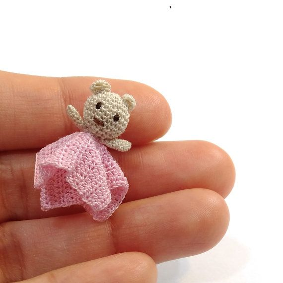 Miniature crochet safety blanket in pink with little bear for dollhouse in scale 1:12, model #139