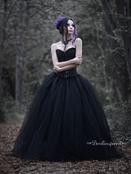 Cute Black Gothic Prom Dress  It's nice for people who want to be moody, but fashionable to prom.
