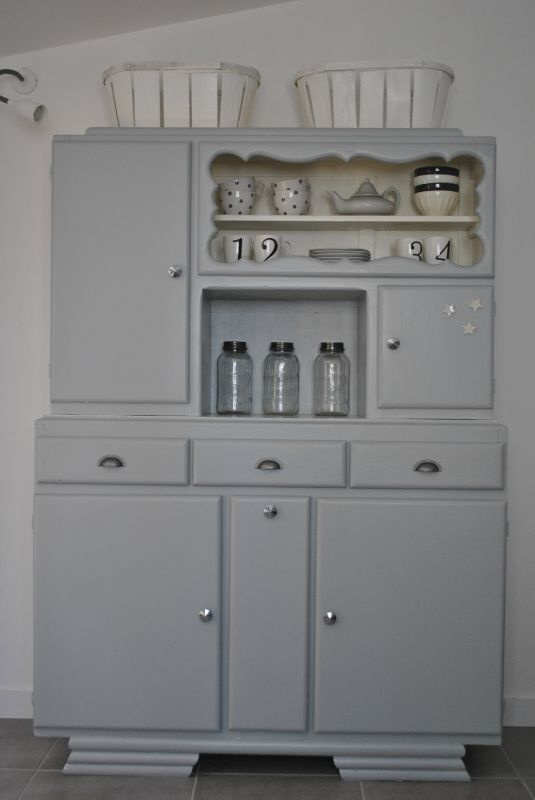 50's-Would love to take an entertainment center and make it into a little play kitchen for Naomi!