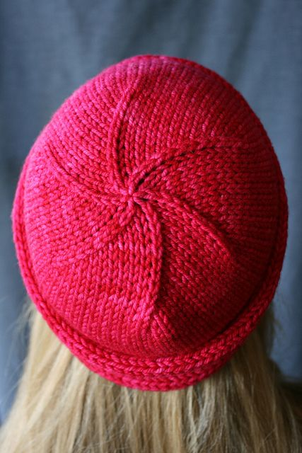The Yarniad Nola Cloche-- next knitting project!